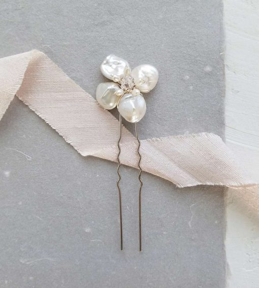 Handmade keshi pearl flower bridal hair pin from Carrie Whelan Designs