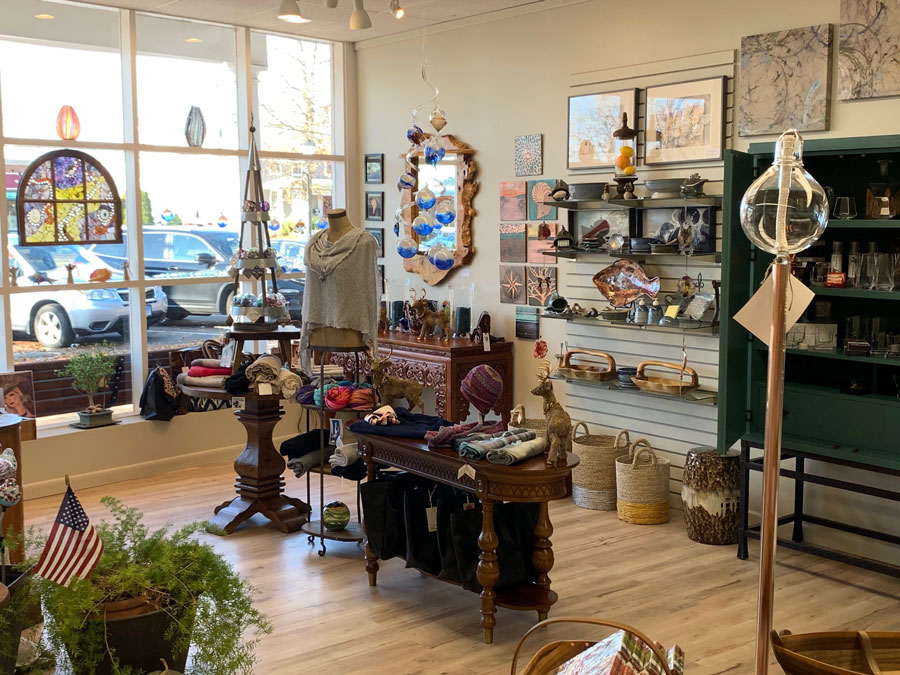Pieces Home decor of Old Saybrook, CT a retailer of Carrie Whelan Designs jewelry