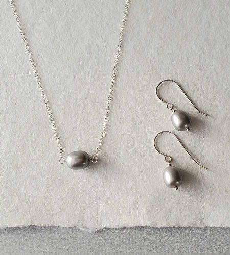 Gray pearl choker set in silver handmade by Carrie Whelan Designs